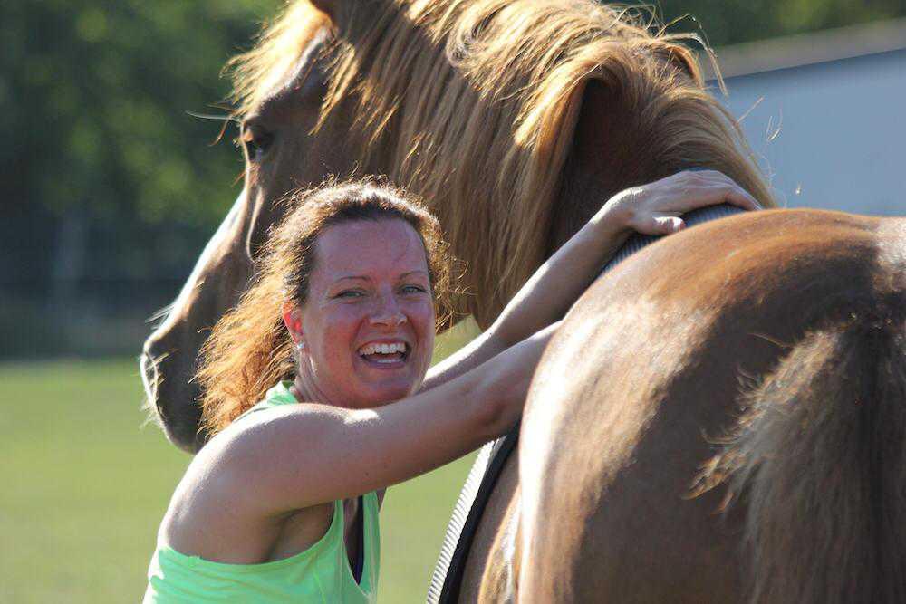 Pferd_am_Mensch_Sport_Training